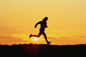 Когда лучше бегать: утром или вечером?