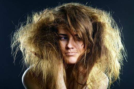 Почему секутся волосы и как помочь секущимся волосам?