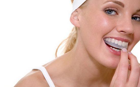 Отбеливаем зубы дома все будет добре