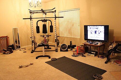 Как сделать спортзал дома?
