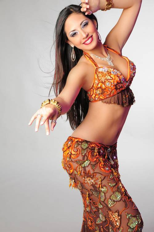 Как научиться танцевать дома восточные танцы? 1